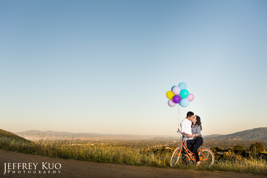027_hiking_vintage_bike_corgi_dog_engagement_wedding_photographer